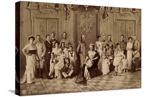 Das Deutsche Kaiserhaus, Gruppenfoto, Hohenzollern--Stretched Canvas Print