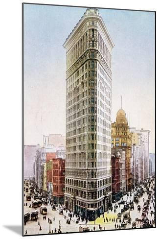 Postcard Depicting the Flatiron Building, New York City--Mounted Giclee Print