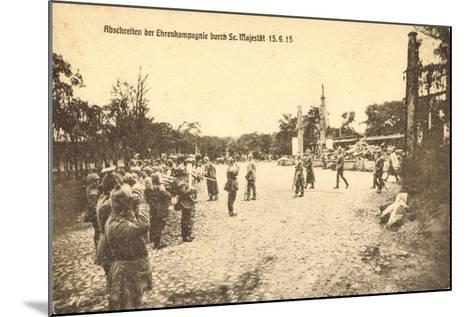 Abschreiten Der Ehrenkompagnie Durch Wilhelm II, 1915--Mounted Giclee Print