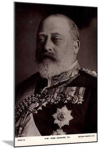 H.M. King Edward VII, Decorations, Medallions--Mounted Giclee Print