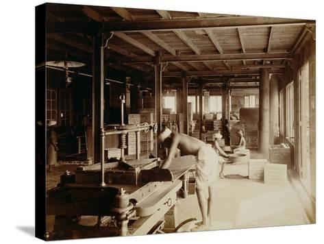 Tea Pickers at the Lipton Factory in Ceylon, C.1900--Stretched Canvas Print