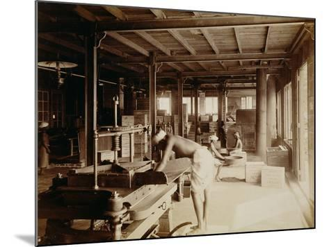 Tea Pickers at the Lipton Factory in Ceylon, C.1900--Mounted Photographic Print