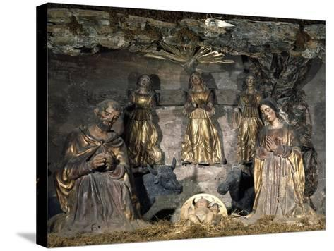 Nativity, 16th Century, Nativity Scene with Polychrome Terracotta Figurines by Potters from Abruzzi--Stretched Canvas Print