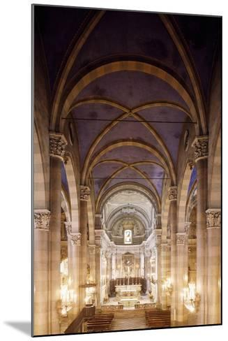 Central Nave of Church of San Domenico, Casale Monferrato, Italy, 15th-16th Centuries--Mounted Giclee Print