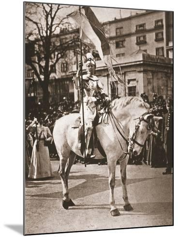 Elsie Howey as Joan of Arc, 17th April 1909--Mounted Photographic Print