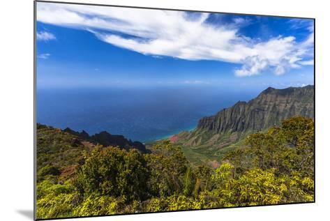 Kalalau Valley Overlook in Kauai-Andrew Shoemaker-Mounted Photographic Print