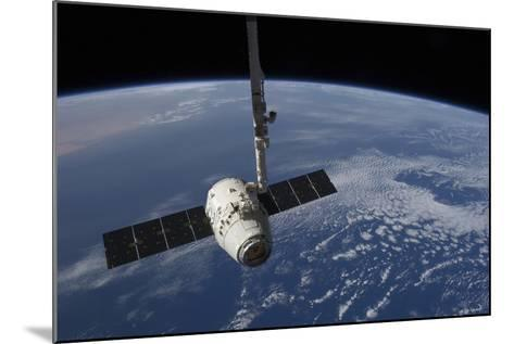 The Spacex Dragon Cargo Craft Prior to Being Released by the Canadarm2 Robotic Arm--Mounted Photographic Print