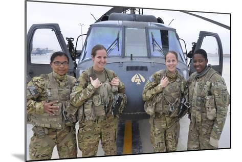 A U.S. Army All Female Crew--Mounted Photographic Print