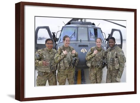 A U.S. Army All Female Crew--Framed Art Print