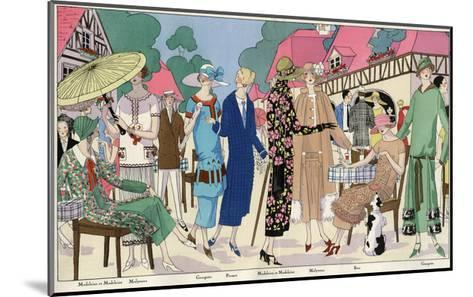 Fashionable Ladies in Designer Outfits--Mounted Giclee Print