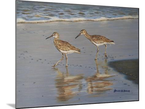 Shore Walkers-Bruce Dumas-Mounted Giclee Print