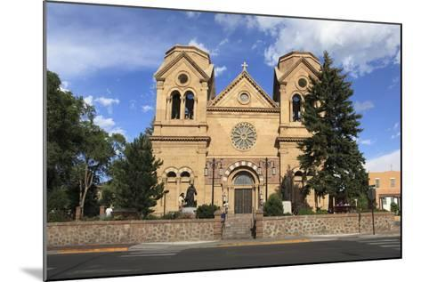St. Francis Cathedral (Basilica of St. Francis of Assisi), Santa Fe, New Mexico, Usa-Wendy Connett-Mounted Photographic Print