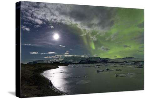 The Aurora Borealis (Northern Lights) over Jokulsarlon Glacial Lagoon, Vatnajokull National Park-Lee Frost-Stretched Canvas Print