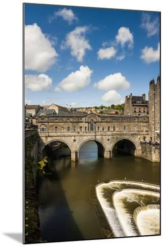 Pulteney Bridge over the River Avon, Bath, Avon and Somerset, England, United Kingdom, Europe-Matthew Williams-Ellis-Mounted Photographic Print
