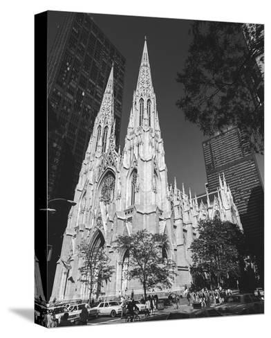 St. Patricks Cathederal, NYC Daytime 1 - New York City Landmark Midtown Manhattan-Henri Silberman-Stretched Canvas Print