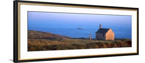 Chapel on the Coast, Saint-Samson Chapel, Portsall, Finistere, Brittany, France--Framed Art Print