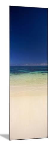 Shoreline, Oahu, Hawaii, USA--Mounted Photographic Print