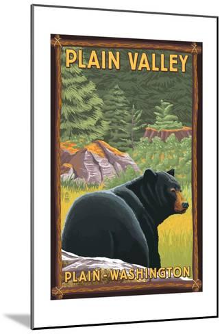 Plain, Washington - Black Bear in Forest-Lantern Press-Mounted Art Print