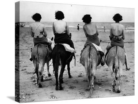 Donkey Back Rides-Hulton Archive-Stretched Canvas Print