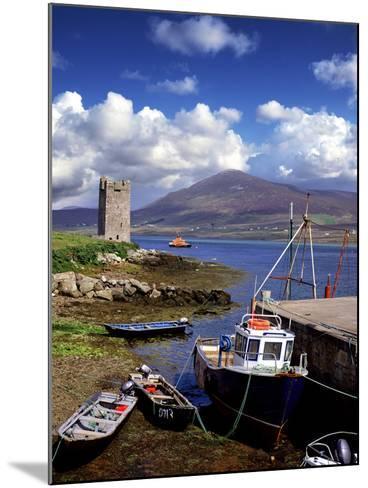 Granuaile's Tower, Kildavnet Castle, Achill Island, County Mayo, Ireland-Chris Hill-Mounted Photographic Print