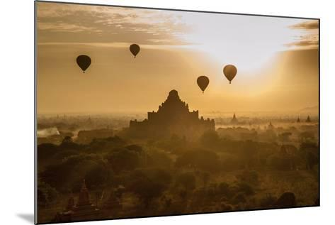 Balloons Above Stupas and Dhammayangyi Patho Temple from the Shwesandaw Pagoda-Tino Soriano-Mounted Photographic Print