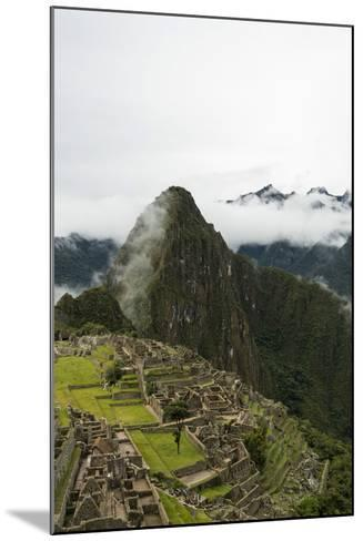 Machu Picchu, UNESCO World Heritage Site, the Sacred Valley, Peru, South America-Ben Pipe-Mounted Photographic Print