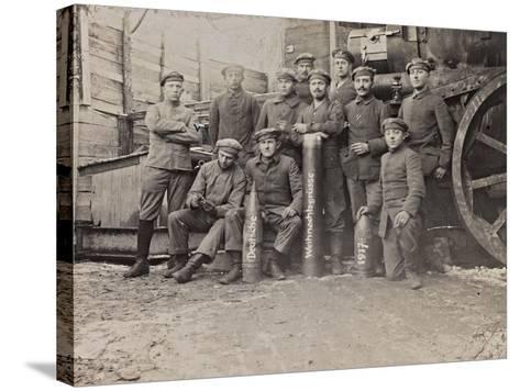 First World War: A Group of Belgian Artillery--Stretched Canvas Print