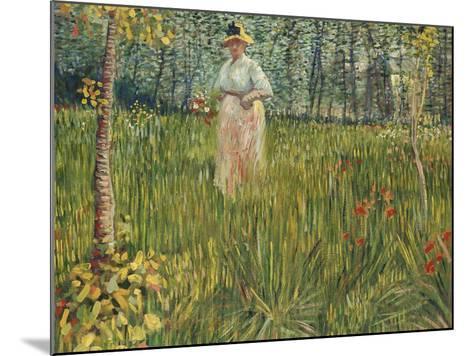 Woman in a Garden (Femme Dans Un Jardin), 1887-Vincent van Gogh-Mounted Giclee Print