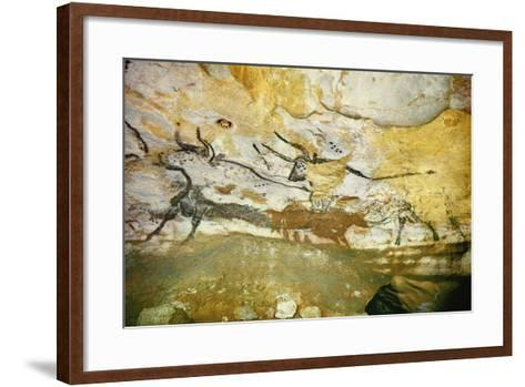 Lascaux Caves, Right Wall of the Hall of Bulls, C. 17,000 BC--Framed Art Print