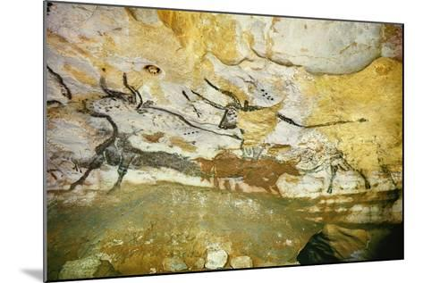 Lascaux Caves, Right Wall of the Hall of Bulls, C. 17,000 BC--Mounted Giclee Print