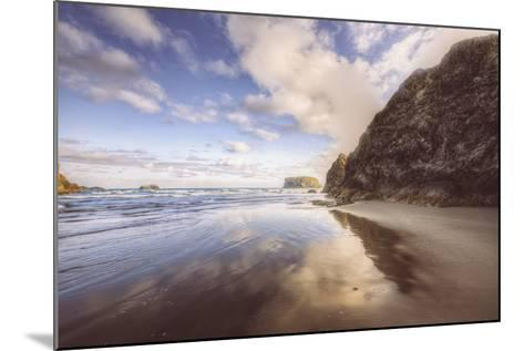 Beachscape at Lovely Bandon Beach, Oregon Coast-Vincent James-Mounted Photographic Print