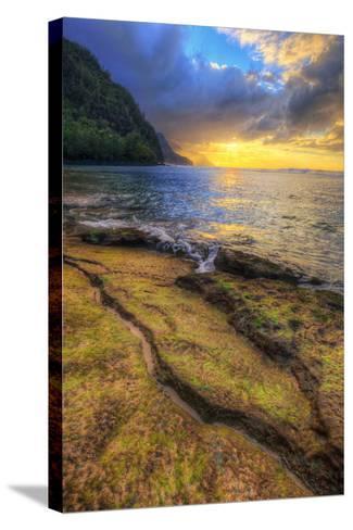 Day's End at Ke'e Beach, Na Pali Coast, Kauai-Vincent James-Stretched Canvas Print