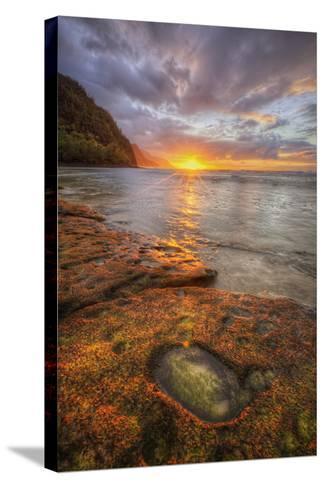 Sunset at Ke'e Beach, Na Pali Coast, Kauai Hawaii-Vincent James-Stretched Canvas Print