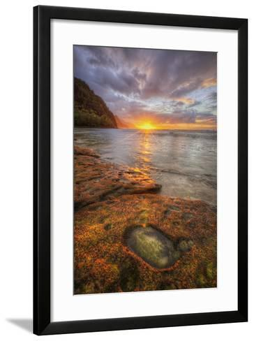 Sunset at Ke'e Beach, Na Pali Coast, Kauai Hawaii-Vincent James-Framed Art Print