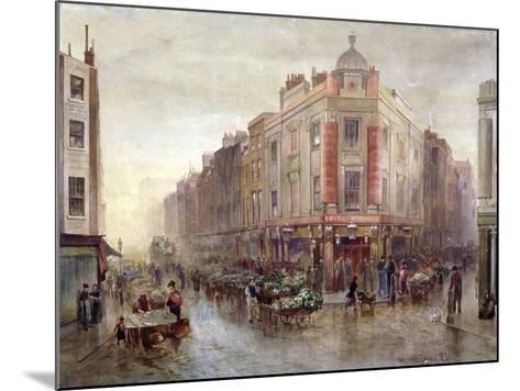 Market on a Sunday Morning at Seven Dials, Holborn, London, 1878-Bernard Evans-Mounted Giclee Print