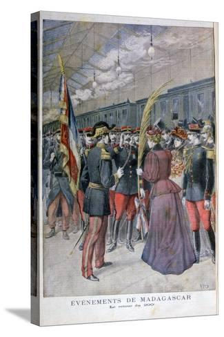 The Return of the 200 Regiment from Madagascar, 1896-Henri Meyer-Stretched Canvas Print