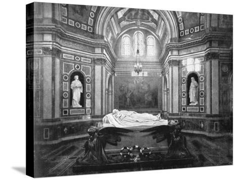 The Royal Mausoleum, Frogmore, 1901-HN King-Stretched Canvas Print