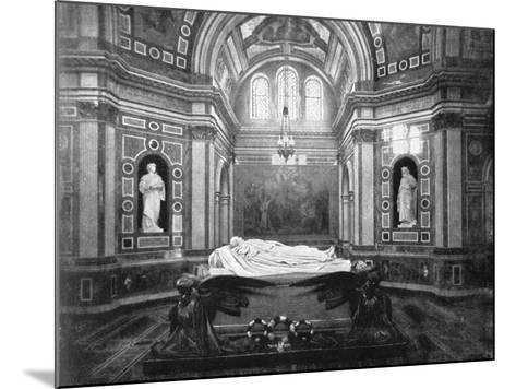 The Royal Mausoleum, Frogmore, 1901-HN King-Mounted Giclee Print