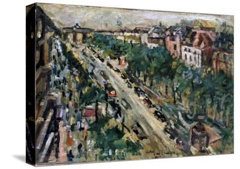 Berlin, Unter Den Linden, 1922-Lovis Corinth-Stretched Canvas Print
