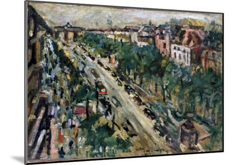 Berlin, Unter Den Linden, 1922-Lovis Corinth-Mounted Giclee Print