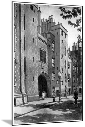 Old Gateway to Lincoln's Inn, London, 1933-RA Wilson-Mounted Giclee Print