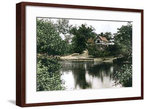 The River Dee at Chester, Cheshire, 1926--Framed Art Print