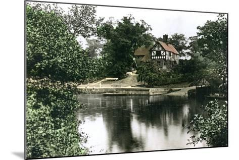 The River Dee at Chester, Cheshire, 1926--Mounted Giclee Print