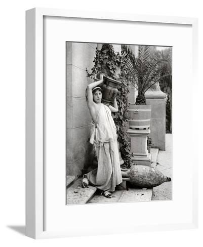 A Young Woman Carrying a Roman Vase on Her Shoulder, 1902-1903-Antonio Canovas-Framed Art Print