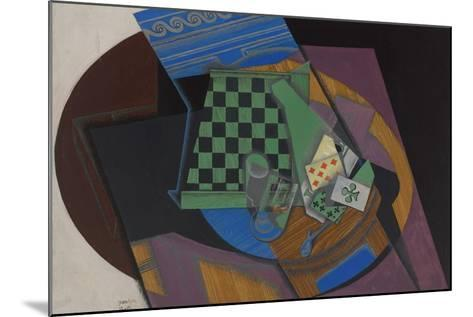 Checkerboard and Playing Cards, 1915-Juan Gris-Mounted Giclee Print