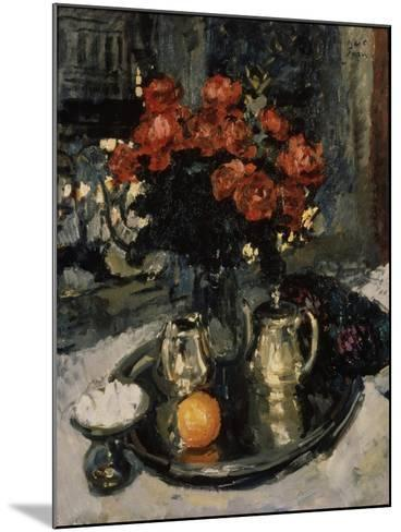Roses and Violets, 1912-Konstantin Alexeyevich Korovin-Mounted Giclee Print