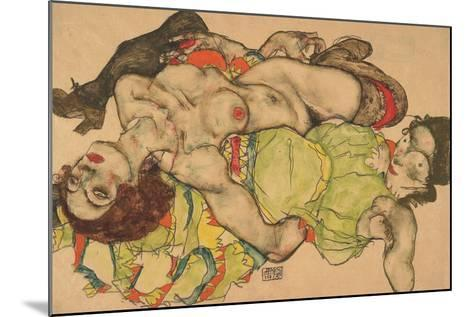 Two Girls Lying Entwined, 1915-Egon Schiele-Mounted Giclee Print