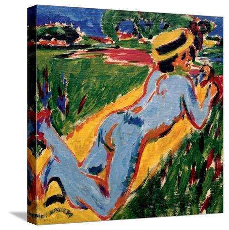 Recycling Blue Nude in a Straw Hat, 1909-Ernst Ludwig Kirchner-Stretched Canvas Print
