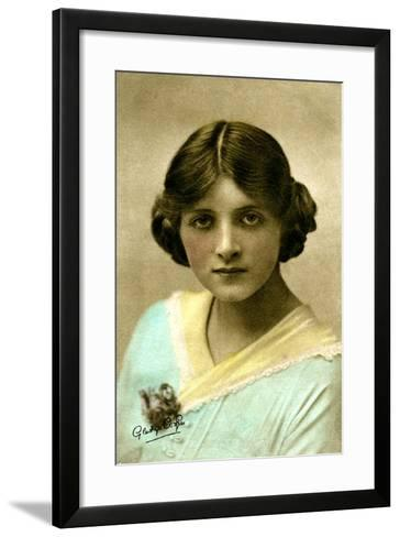 Gladys Cooper (1888-197), English Actress, Early 20th Century--Framed Art Print