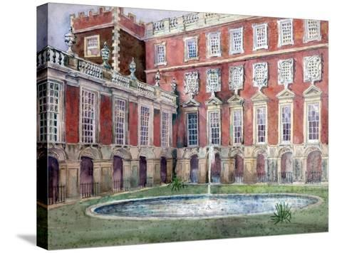 Fountain at Hampton Court Palace--Stretched Canvas Print